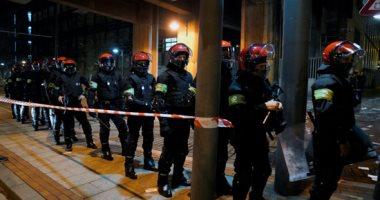 Photo of الشرطة تفرق آلاف المحتفلين في برشلونة بعد رفع القيود